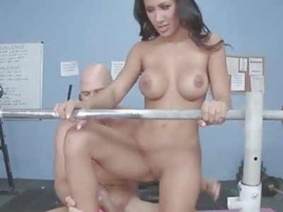 Amia sucked Johnys dick down her throat