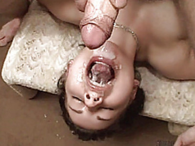 Amateur teen girlfriend takes huge facial cumshots