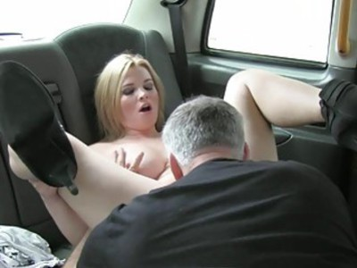 Big tits passenger railed by fake driver