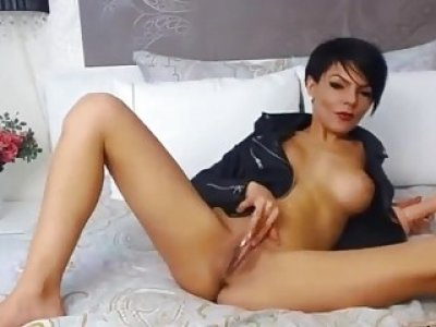 Posh brunette AlexyBella with big boobs masturbates a juicy pussy EROINAOPcom