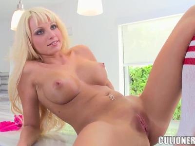 Gorgeous blonde Rikki Six sucking big dick