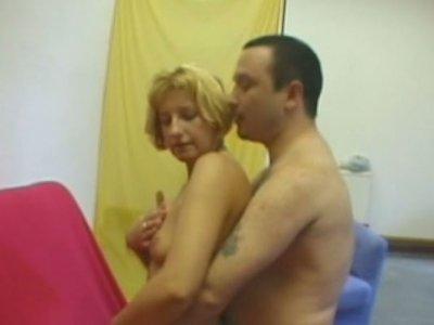 Perverse mom Jennifer masturbates with cushion