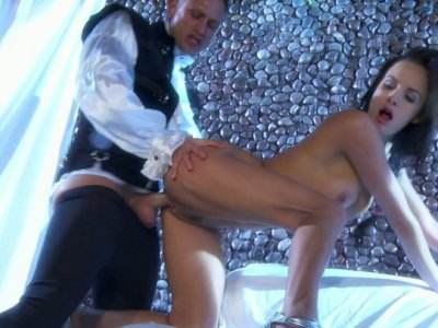 A charming princess Alektra Blue gets fucked hard by a horny knight