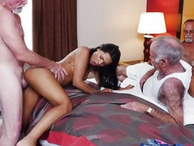 Nikki Kay rides Dukes old cock on top while Frankie gave an extra