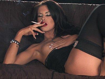 Smoking hot masturbator